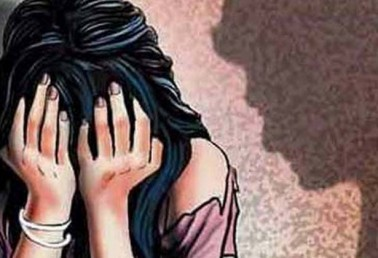 Director of private school held for raping 5-year-old girl