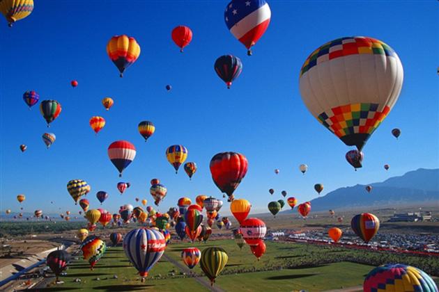 Three-day Taj Balloon Festival takes off